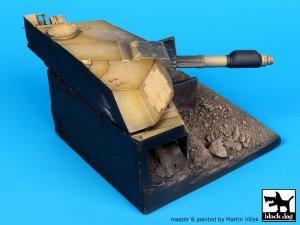 Destroyed M1A1 Abrams base  (Vista 3)