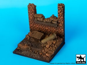 Wall with sand bags base  (Vista 4)