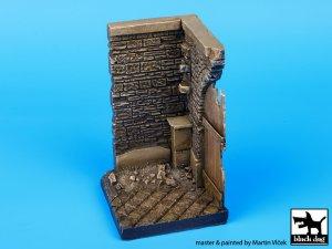 Esquina con puerta de Madera  (Vista 2)