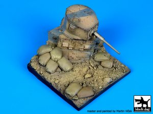 Destroyed M3A1 Stuart base  (Vista 1)