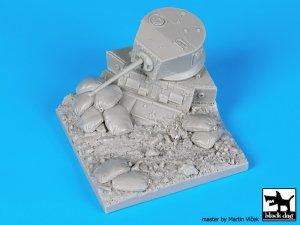 Destroyed M3A1 Stuart base  (Vista 5)