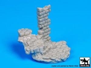 Escaleras de piedra con base de columna   (Vista 5)