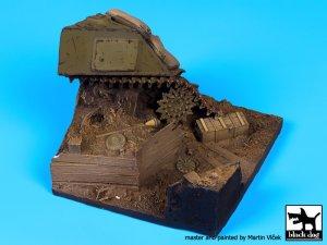 Sherman destruido y trinchera  (Vista 3)