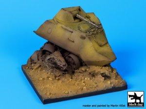 Base BTR 60 destruido  (Vista 1)