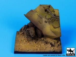 Base BTR 60 destruido  (Vista 4)