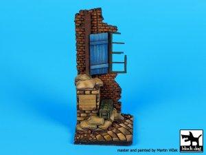 Esquina de casa con ventana base  (Vista 3)