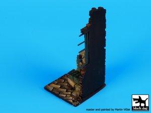 Esquina de casa con ventana base  (Vista 4)