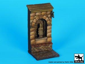 Muro con nicho de santo   (Vista 2)