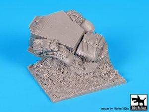 Destroyed US M2 base  (Vista 5)