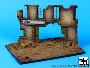Street with house ruin base  (Vista 1)