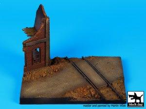Esquina en Ruinas con Vias  (Vista 2)