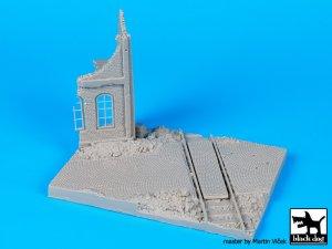 Esquina en Ruinas con Vias  (Vista 5)