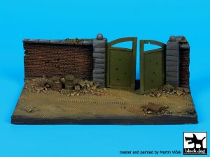 Muro con Puerta  (Vista 3)