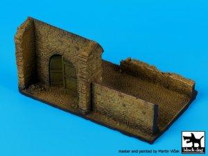 Pared con la puerta N ° 2 de base   (Vista 4)