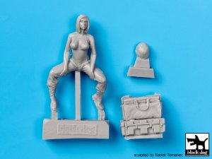 US Woman soldier  (Vista 2)