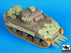 Sherman 75mm Normandy   (Vista 1)