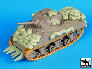 Sherman 75mm Normandy   (Vista 2)