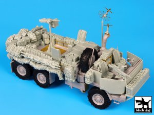 M1083 War Pig  (Vista 3)