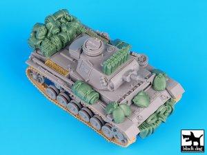 German Pz.Kpfw. III Ausf. N accessories   (Vista 1)