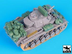 German Pz.Kpfw. III Ausf. N accessories   (Vista 2)