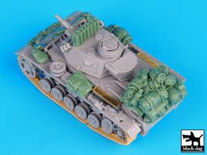 German Pz.Kpfw. III Ausf. N accessories   (Vista 4)