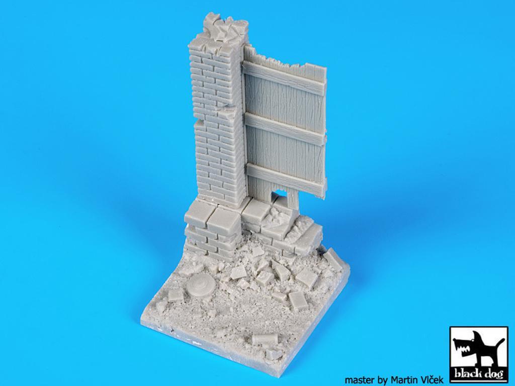 Columna y puerta (Vista 2)
