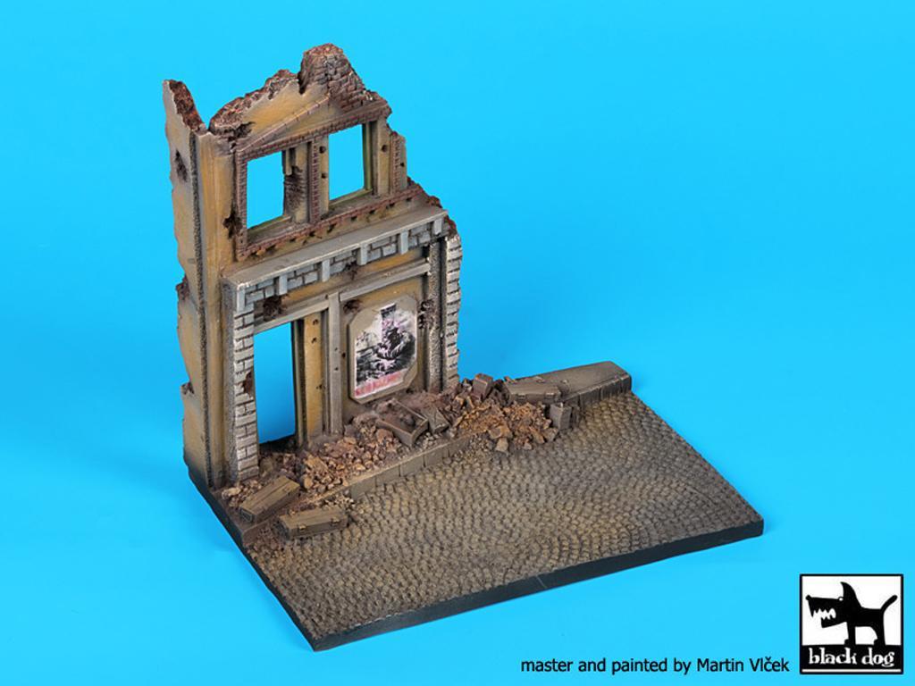 Ruina de casa (Vista 3)