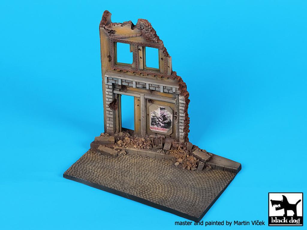 Ruina de casa (Vista 4)
