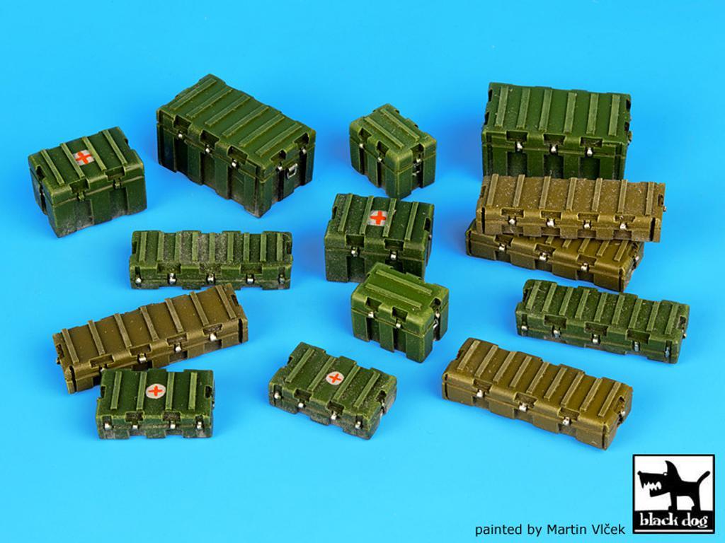 Cajas de plástico modernas y universales (Vista 1)