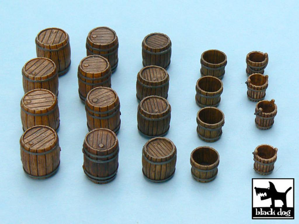 Cubos y Barriles (Vista 3)