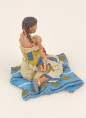 Mother Feeding Baby  (Vista 2)