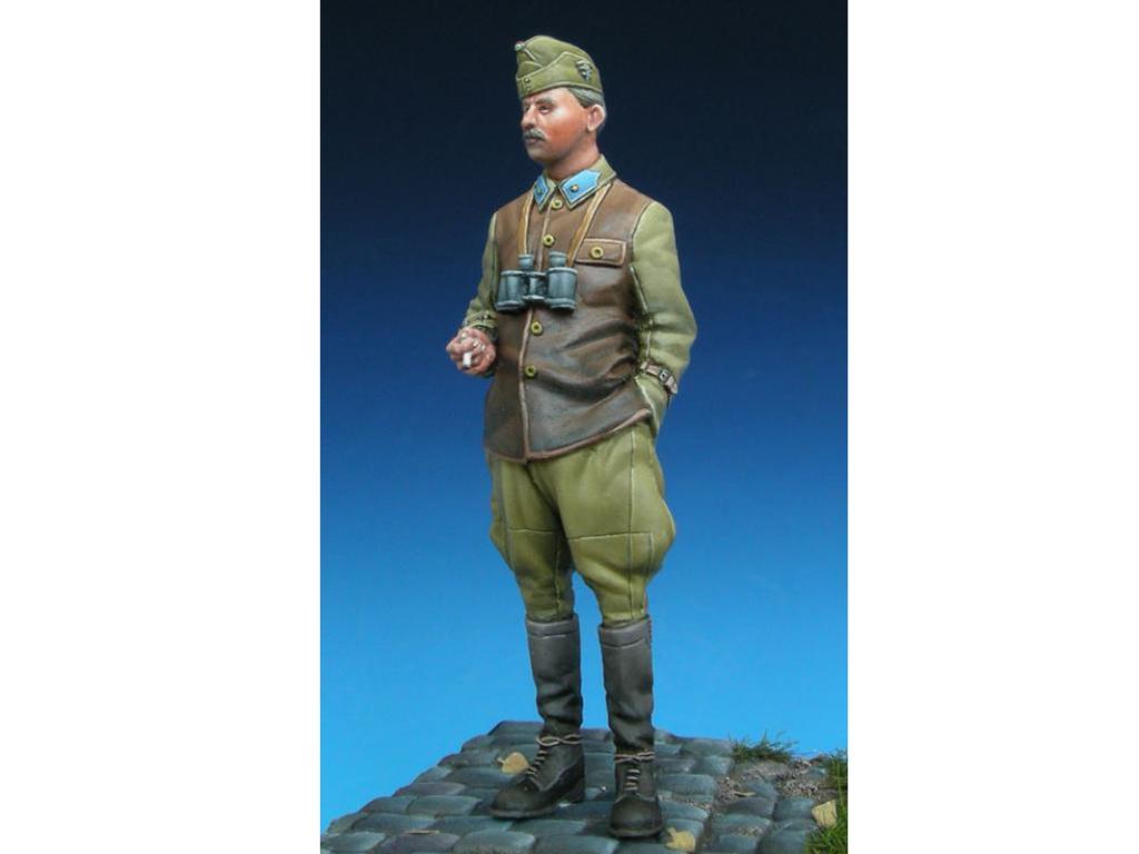 Hungarian Panzer Officer  (Vista 3)
