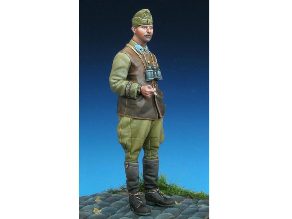 Hungarian Panzer Officer  (Vista 9)