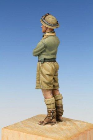 British Tank Crewman WW II Western Deser  (Vista 6)