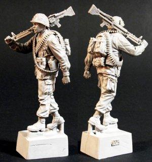 U.S. Infantry Machine-gunner Vietnam`68  (Vista 2)