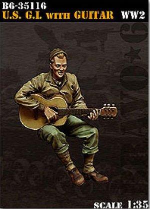 U.S. G.I. with Guitar  (Vista 1)