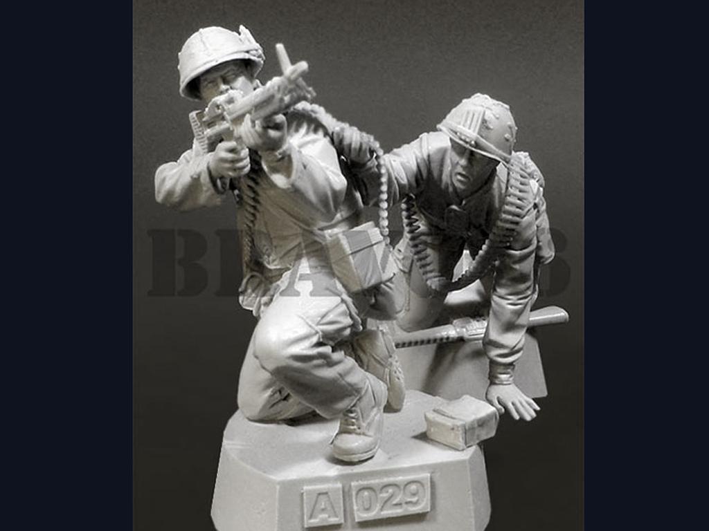 U.S.M.C. (3) Machine Gun Team TET '68 (Vista 2)