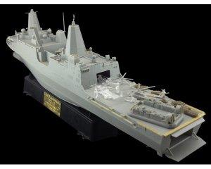 LPD-22 USS San Diego  (Vista 4)