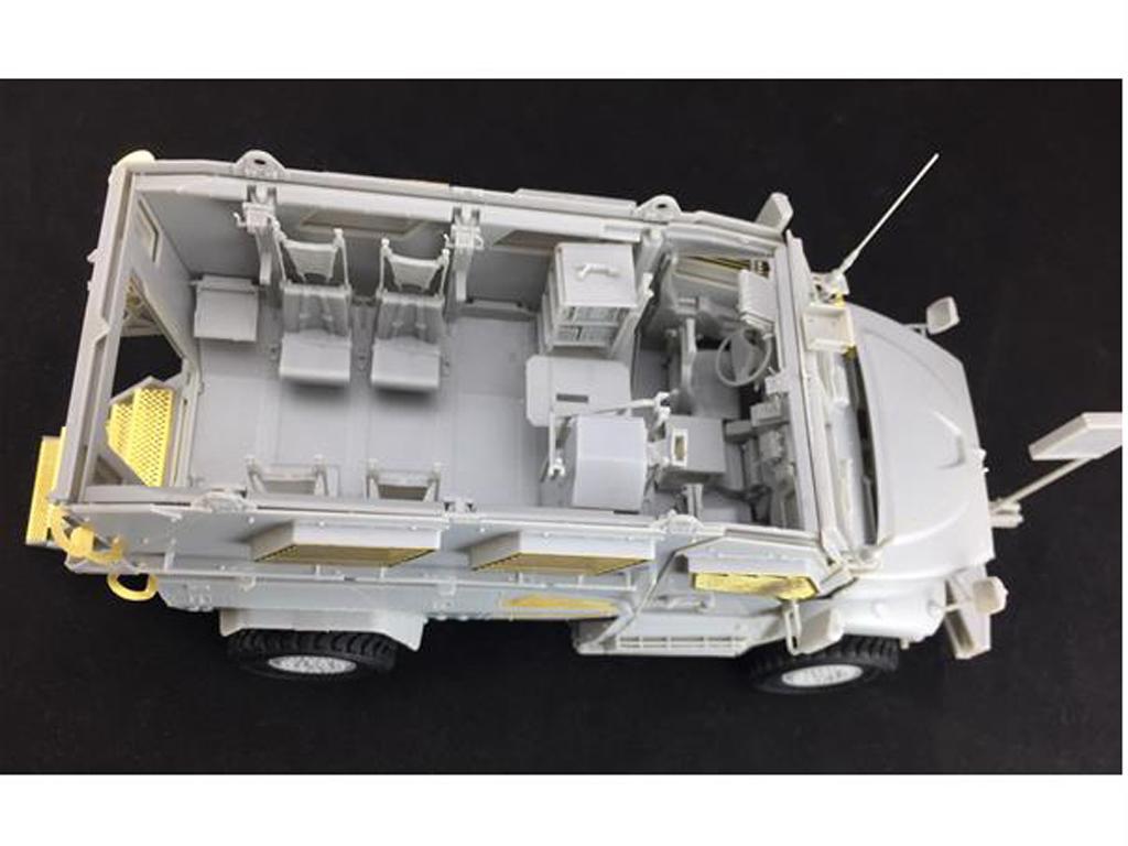 M1224 MaxxPro MRAP (Vista 2)