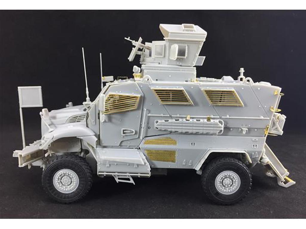 M1224 MaxxPro MRAP (Vista 3)