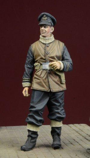 Royal Navy Officer 1939-45  (Vista 1)
