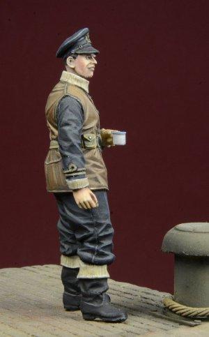 Royal Navy Officer 1939-45  (Vista 2)