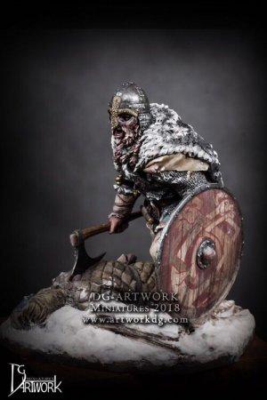 Guerrero Vikingo Wolf Hunter  (Vista 5)