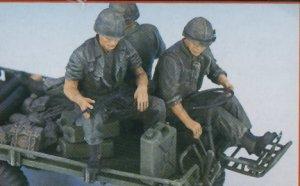 Mechanical Mule w/U.S. Marines  (Vista 4)