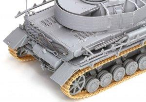 Pz.Kpfw.IV Ausf.H Mid-Production w/Zimme  (Vista 6)