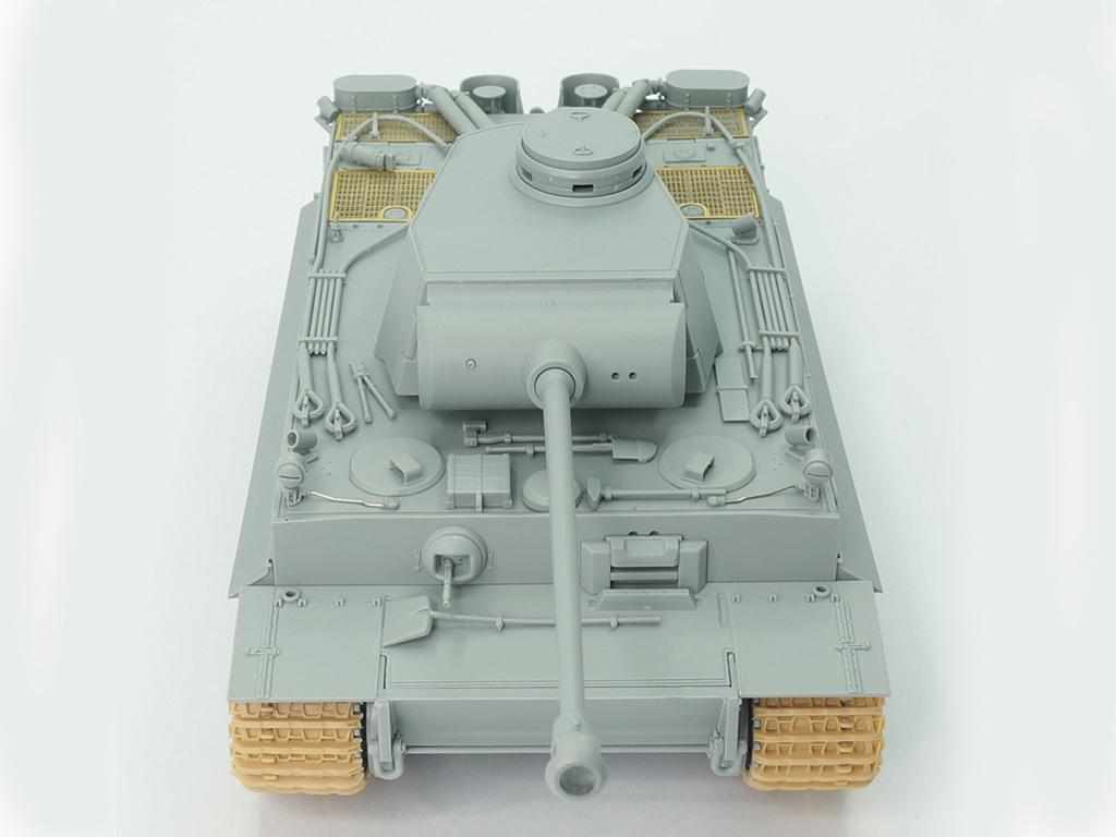 Tiger I Ausf.H2 7.5cm KwK 42  (Vista 6)