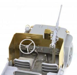 Armored 1/4 Ton 4x4 Truck w/.50-cal Mach  (Vista 3)