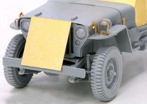 Armored 1/4 Ton 4x4 Truck w/.50-cal Mach  (Vista 4)