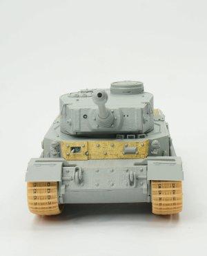Sd.Kfz.181 Panzerkampfwagen VI(P) w/Zimm  (Vista 4)