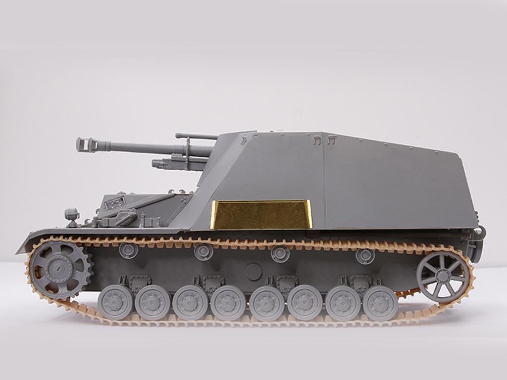 Autopropulsado alemán Sd.Kfz.165 Hummel- (Vista 4)
